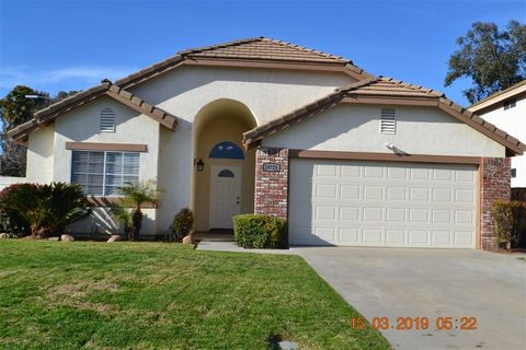 Temecula Ca Houses For Sale With Swimming Pool Realtor Com