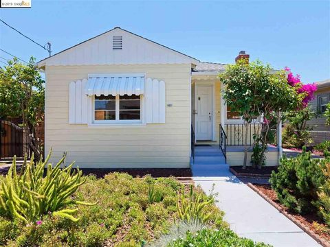 Photo of 2154 107th Ave, Oakland, CA 94603