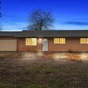 4895 S Escalon Bellota Rd Farmington, CA 95230