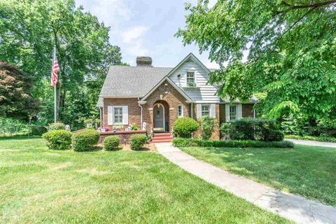 Photo of 1307 Marimont Dr, Chattanooga, TN 37421