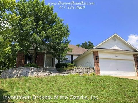Photo of 325 Tall Oaks Dr, Branson, MO 65616