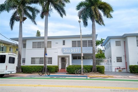 Photo of 8315 Byron Ave Apt 3, Miami Beach, FL 33141