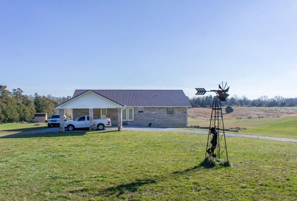 2544 Weems Chapel Rd Mosheim, TN 37818
