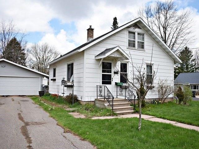 512 N Cherry Ave Marshfield, WI 54449