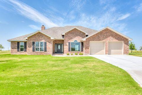 Photo of 2315 Westwood Pl, Ballinger, TX 76821