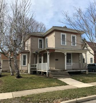 421 N Madriver St,Bellefontaine,OH 43311