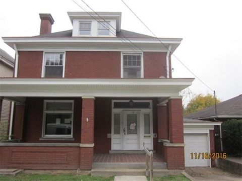 412 Lincoln Ave, Charleroi, PA 15022