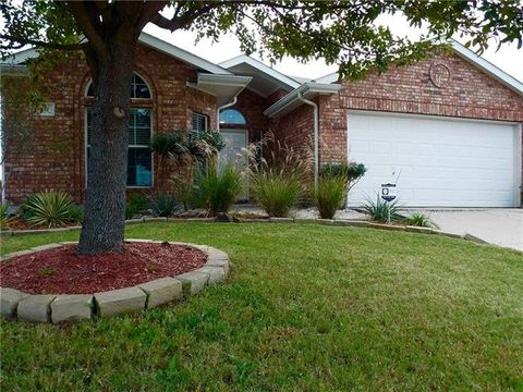 416 Willowlake Dr, Little Elm, TX 75068