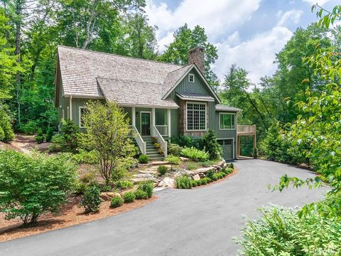 Photo of 163 Arrowhead Cottage Rd, Cashiers, NC 28717