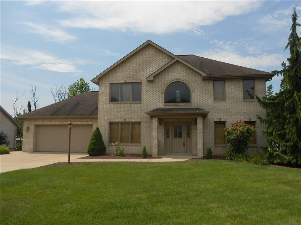 9530 Don Dr Irwin, PA 15642
