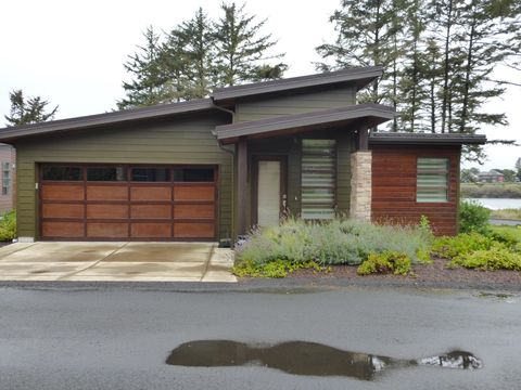 Photo of 20 Koho Loop, Yachats, OR 97498