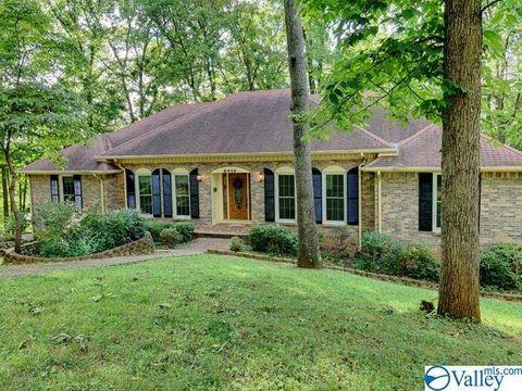 Photo of 2405 Polk Dr, Huntsville, AL 35801