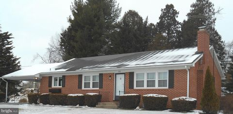 Photo of 500 Ann Dr, Westminster, MD 21157