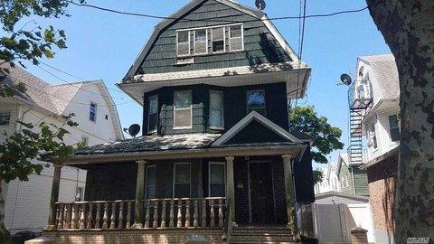 9110 107th St, Richmond Hill, NY 11418