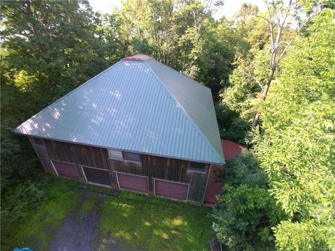 Photo of 1282 Brothertown Rd, Sangerfield, NY 13480