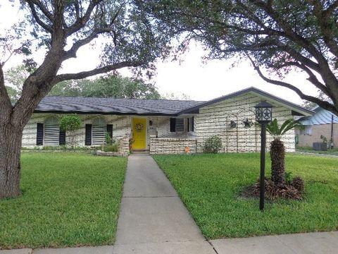 228 S Pasadena St Kingsville TX 78363