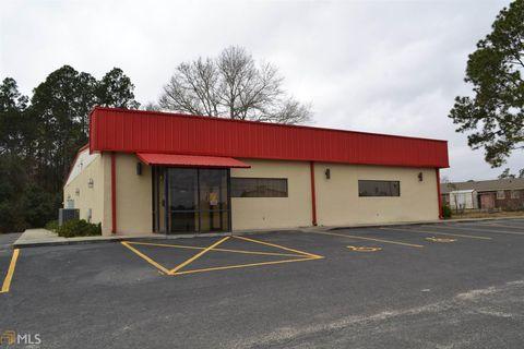 Photo of 622 S Main St, Swainsboro, GA 30401
