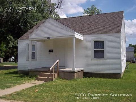 Photo of 737 Matthews Ave, Sikeston, MO 63801