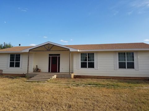 Photo of 1710 Center Pt, Big Spring, TX 79720
