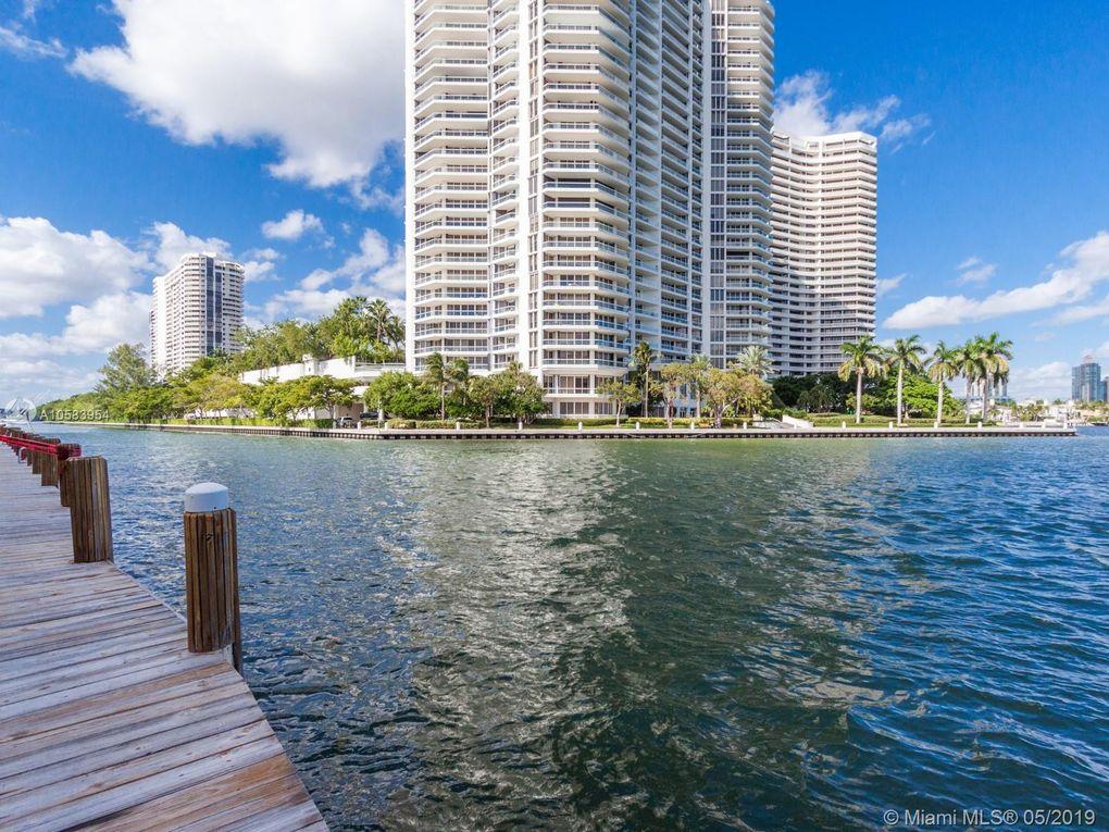 3745 Ne 171st St Apt 1, North Miami Beach, FL 33160