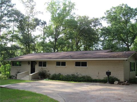 Photo of 737 Beverly Dr, Homer, LA 71040