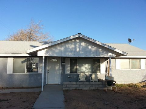 36837 Hillview Rd, Hinkley, CA 92347