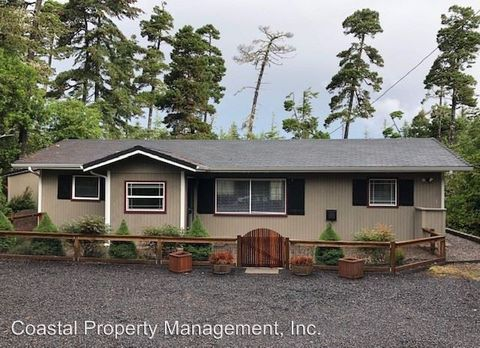 Photo of 87233 Munsel Lake Rd, Florence, OR 97439