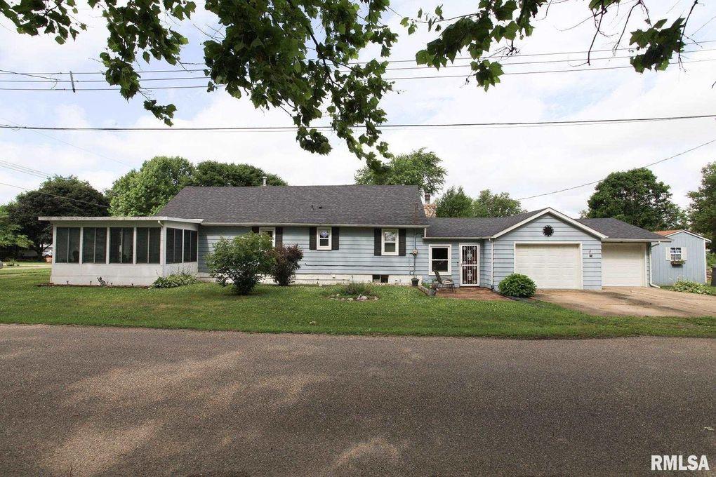 716 E Myrtle St Mason City, IL 62664
