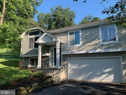 Photo of 24013 Glade Valley Ter, Damascus, MD 20872