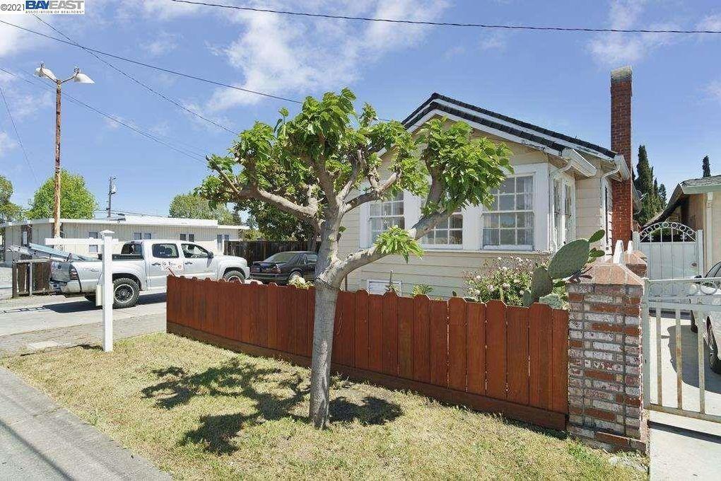 786 5th Ave Redwood City, CA 94063