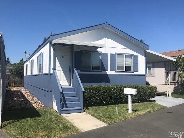 271 Apple Ln, Santa Rosa, CA 95407