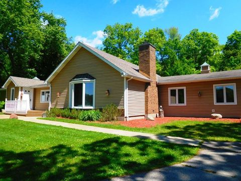 Photo of N7100 Brown Rd, Whitewater, WI 53190