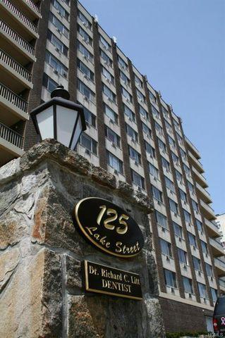 Photo of 125 Lake St S Unit 5 L, White Plains, NY 10604