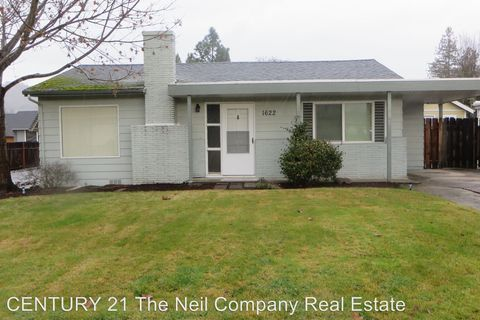 Photo of 1622 Nw Calkins Ave, Roseburg, OR 97471