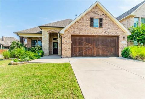 Photo of 8301 Whistling Duck Dr, Fort Worth, TX 76118