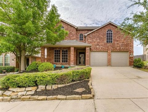 Photo of 12629 Viewpoint Ln, Fort Worth, TX 76028