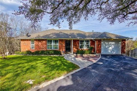 Photo Of 1902 Westward Ho Trl, Austin, TX 78734. House For Sale