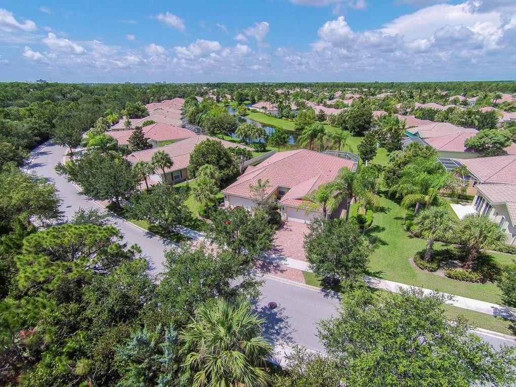 5047 Magnolia Bay Cir, Palm Beach Gardens, FL 33418