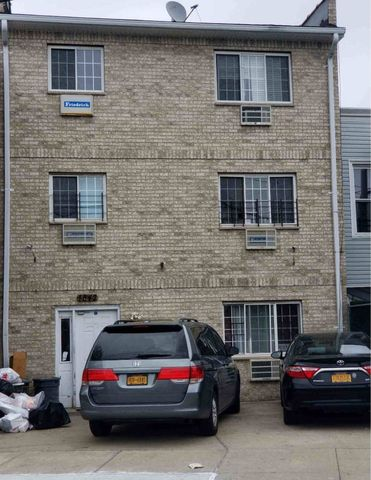 Photo of 1842 Unionport Rd, Bronx, NY 10462