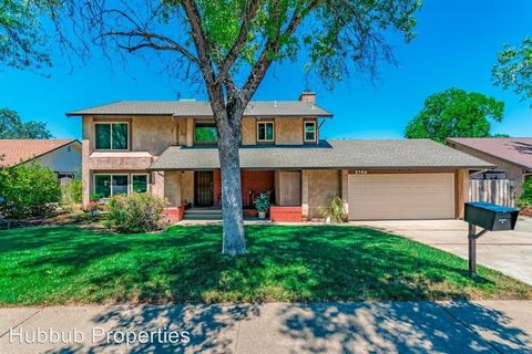 Photo of 3786 Fujiyama Way, Redding, CA 96001