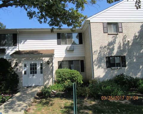 26 Park Ave Unit B27, Chalfont, PA 18914