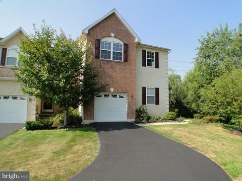 929 Shenkle Dr, Collegeville, PA 19426
