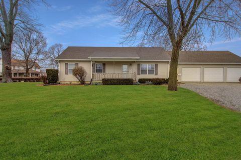 Photo of 501 North St, Donovan, IL 60931