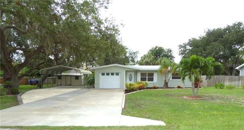 Awe Inspiring 33774 Real Estate Homes For Sale Realtor Com Complete Home Design Collection Papxelindsey Bellcom