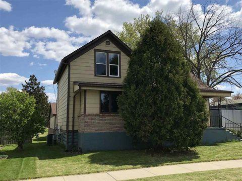 1512 Stoughton Ave, Tomah, WI 54660