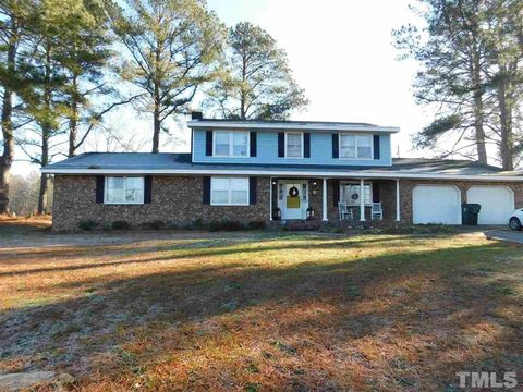Photo of 7868 Old Beulah Rd, Kenly, NC 27542