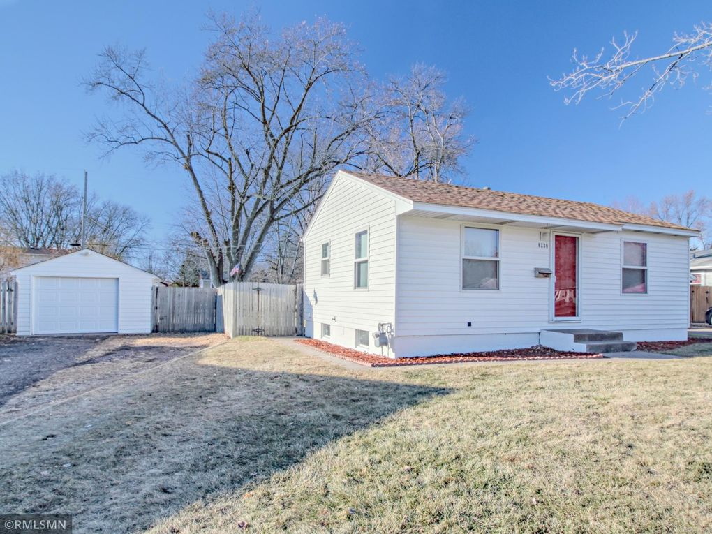 8230 3rd Ave S Bloomington, MN 55420