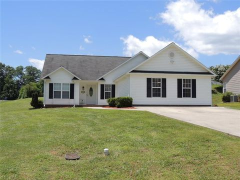 6f5346507fd North Ridge, Mocksville, NC Real Estate & Homes for Sale - realtor.com®