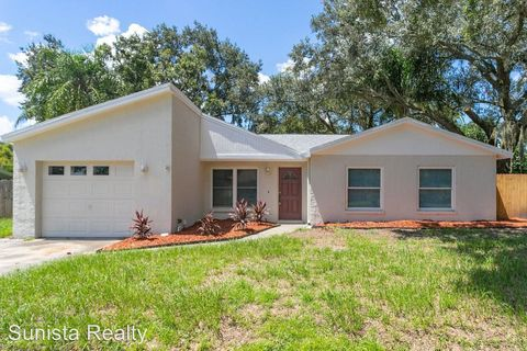 Photo of 1053 Kit Ct, Lutz, FL 33549