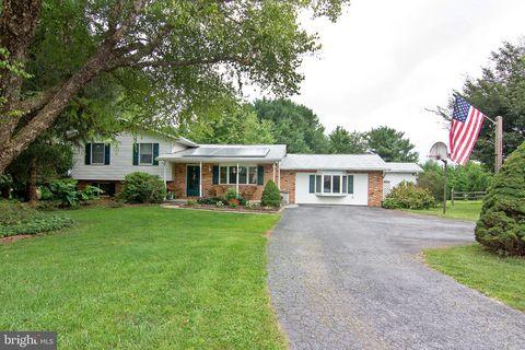Terrific 1890 Lakeland Dr Finksburg Md 21048 Home Interior And Landscaping Synyenasavecom